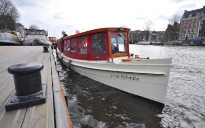 Organiseer uw bedrijfsuitje in Amsterdam op onze salonboot Jean Schmitz!